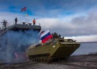 Морские пехотинцы Северного флота провели бой за высадку на арктическом побережье