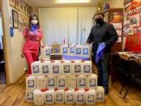 """Волонтеры акции """"Синий платочек"""" передали 5 тонн антисептиков в Советы ветеранов"""