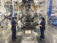 Компания PACCAR празднует десятилетний юбилей производства двигателей в Северной Америке